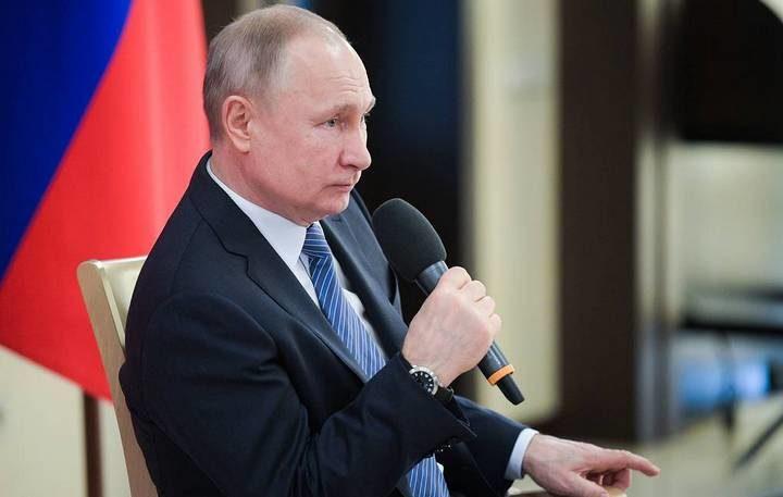 ПУТИН САОПШТИО: Русија се неће затварати, наше вакцине су ефикасне