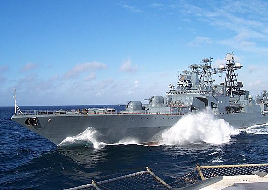 АМЕРИЧКИ РАЗАРАЧ УШАО НА ТЕРИТОРИЈУ РУСИЈЕ: Реаговао понос Путинове флоте, ЕВО ЧИЈИ ЈЕ БРОД ПОДВИО РЕП