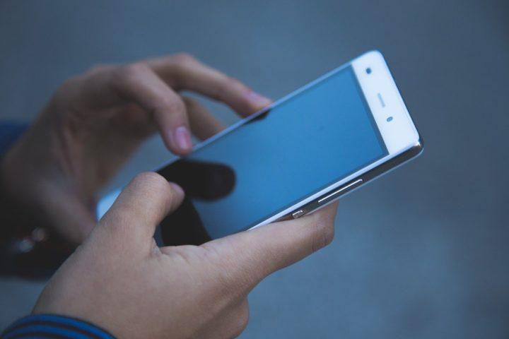 Da li su štetni MOBILNI TELEFONI i RUTERI ZA INTERNET? EVO ODGOVORA