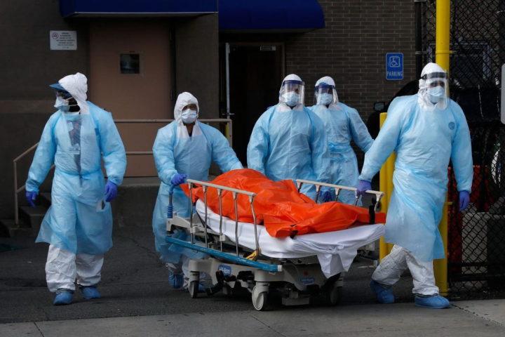 AMERIKA NE ZNA ŠTA JU JE SNAŠLO: Rekordan broj umrlih u jednom danu! KORONAVIRUS SMRTONOSNIJI OD ŠEST RATOVA ZAJEDNO