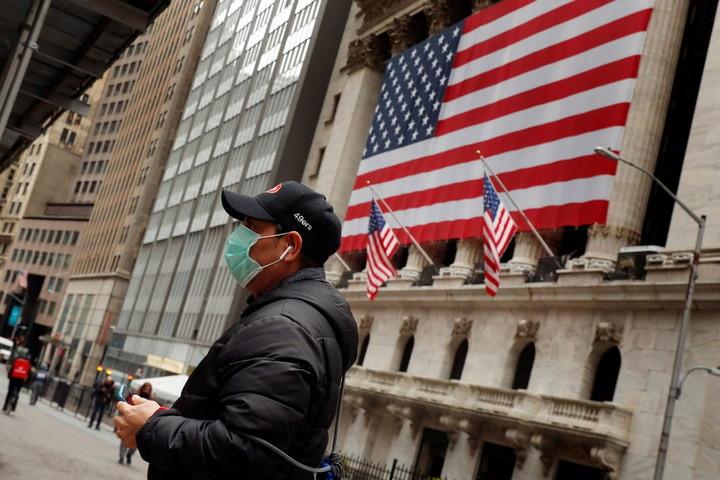 АМЕРИКА ТОНЕ СВЕ ДУБЉЕ: Ево зашто КОРОНАВИРУС коси Американце и урушава најбогатији здравствени систем на планети