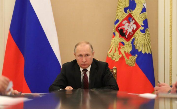 """""""NEW YORK TIMES"""" УПОЗОРАВА: Американци ће молити Русију за кору хлеба"""
