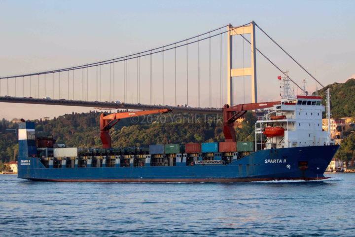 PUTIN ŠALJE POMOĆ ASADU! Ruski ratni brod plovi ka Siriji: U Tartus stiže dugo očekivana pošiljka sa…