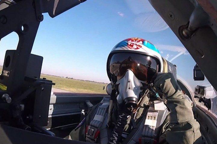 МЕДИЈИ ЈАВЉАЈУ: Српски пилоти у руским МИГ-овима разбијају ТУРСКУ ВОЈСКУ у Либији!?