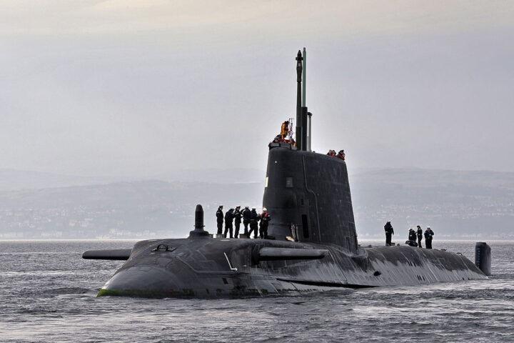 ЗАСТРАШУЈУЋЕ: Официр задужен за нуклеарне бојеве главе на подморници дошао пијан на смену