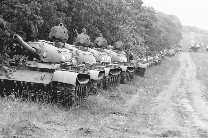 "ŠOKANTNO PRIZNANJE PRIPADNIKA SOVJETSKE ARMIJE: ""Tito je zabranio da krenemo tenkovima na Kosovo!"""