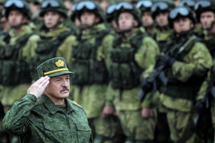 CELA BELORUSKA ARMIJA NA NOGAMA: Stiglo naređenje, počela provera borbene gotovosti