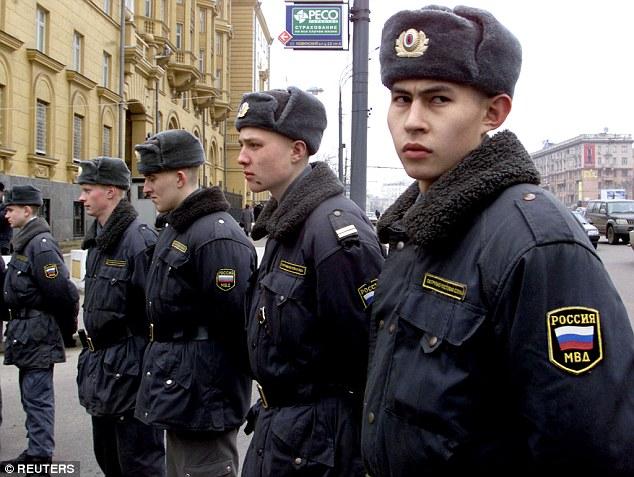 РУСИЈА НА НОГАМА: Америчка амбасада позива на протесте против Путина и ПРЕДВИЂА ХАОС У ЦЕЛОЈ РУСИЈИ