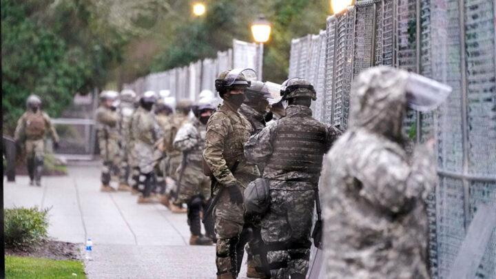 BARIKADE PO VAŠINGTONU: Čeka se sukob