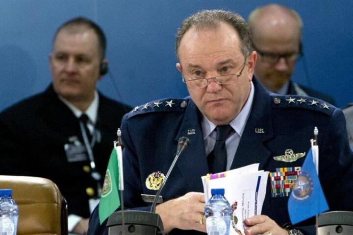 GENERAL BRIDLAV: Ukrajina će biti u krajnje teškoj situaciji ako Rusija protiv nje upotrebi svu moć