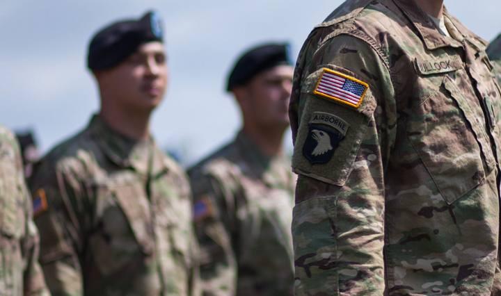 ISPLIVAO SKANDAL NAJELITNIJE AMERIČKE JEDINICE! Odali se alkoholu, opijatima i striptizetama…a onda je jedan vojnik nestao!