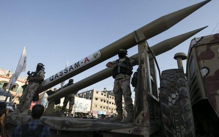 HAMAS GRANATIRAO HEMIJSKO POSTROJENJE U IZRAELU! Preti pakao! NETANJAHU NAREDIO: Udar sa 1.000 bombi na Gazu! U SUKOB SE UKLJUČIO I LIBAN