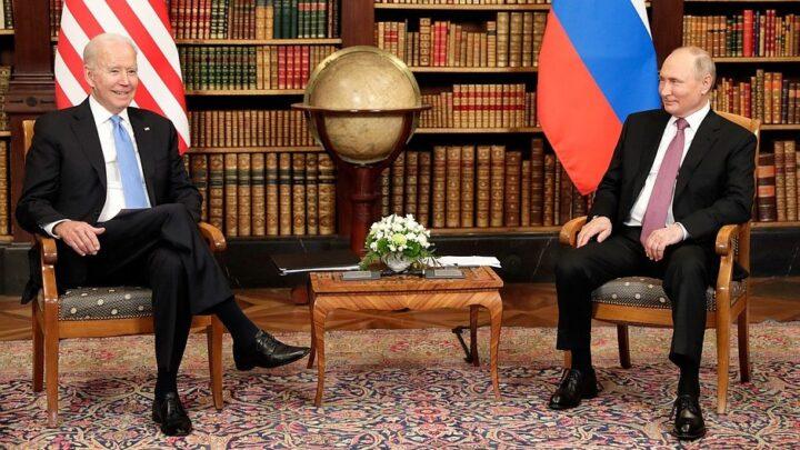 PUTIN ŠMEKERSKI SA BAJDENOM REŠIO PROBLEM?! Bela kuća sve stopirala, Ukrajinci ostaju bez američkog oružja!
