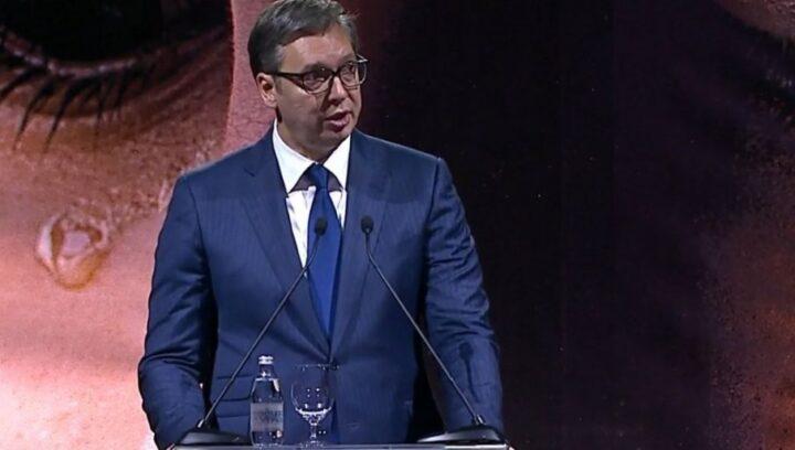 """DAN SEĆANJA NA """"OLUJU"""": Vučić poručio – Mirno spavajte sokolovi srpski, budućnost vaše dece je naš zavet!"""
