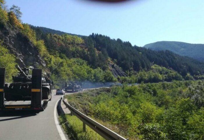 ŠIPTARI U PANICI! Srbija poslala tenkove i avione ka prelazu Jarinje! AMERIKANCI OBAVESTILI PRIŠTINU DA SRBIJA NE BLEFIRA