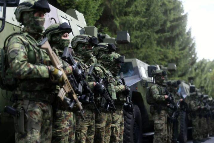 СРБИЈА САОПШТИЛА: Војска је у приправности! СПРЕМНА ДА КРЕНЕ НА КОСОВО!