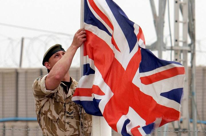 VELIKA BRITANIJA – OD PROPALE IMPERIJE DO PALJENJA VATRE NA KOSOVU!